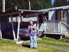 26 Aug 1999 Bonnie & Sparkie, Shelton - Tricks with carrots!
