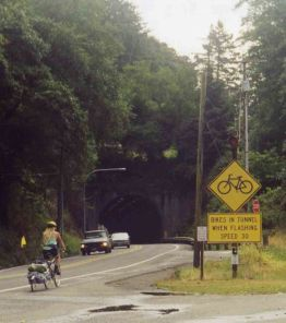 31 Aug 1999 Tunnel before Astoria Bridge
