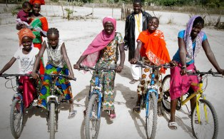 re-cycle bikes to Africa